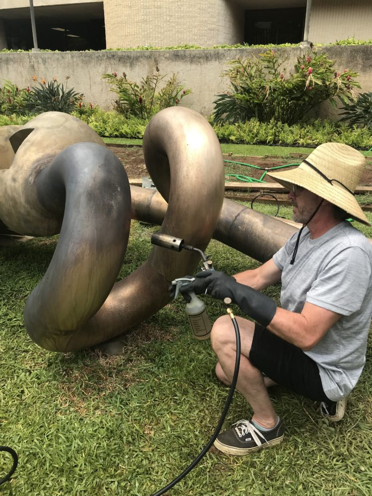 Surfing For Barking Sands In Hawaii? – Conservation Of A Peter Voulkos Sculpture